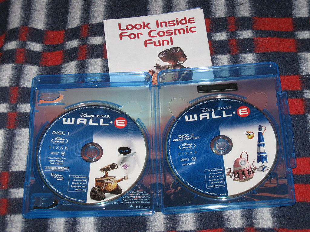 Wall E 2 Disc Blu Ray Thanks To Bestbuy Screwing Up