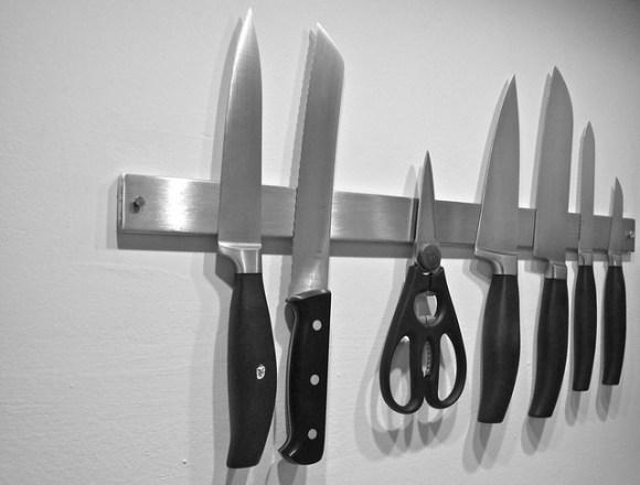 knife strip