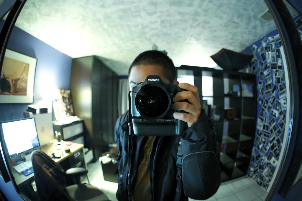 Canon EF 15mm F28 Fisheye 48841 15mm Fisheye I