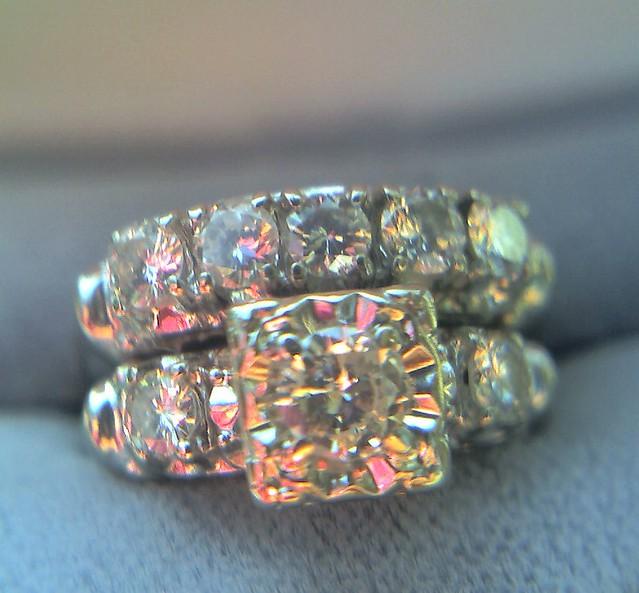1 Carat 1940s Vintage Antique Wedding Set Engagement Ring