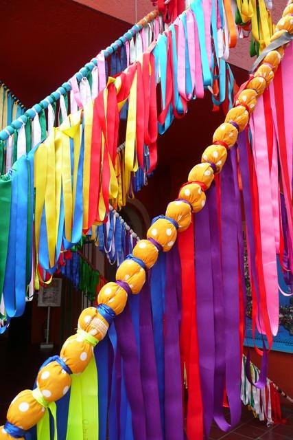 Mexico DF - Listones de colores   Que son usados en la ...