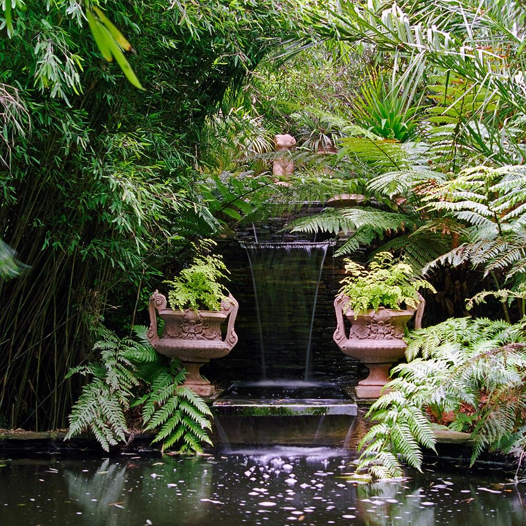Lamorran House Gardens Cornwall Uk A Coastal Garden Wi