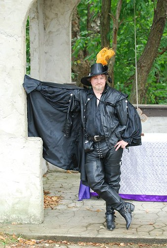 Renfair Leather Guy In Tall Boots This Is A 9 27 2008