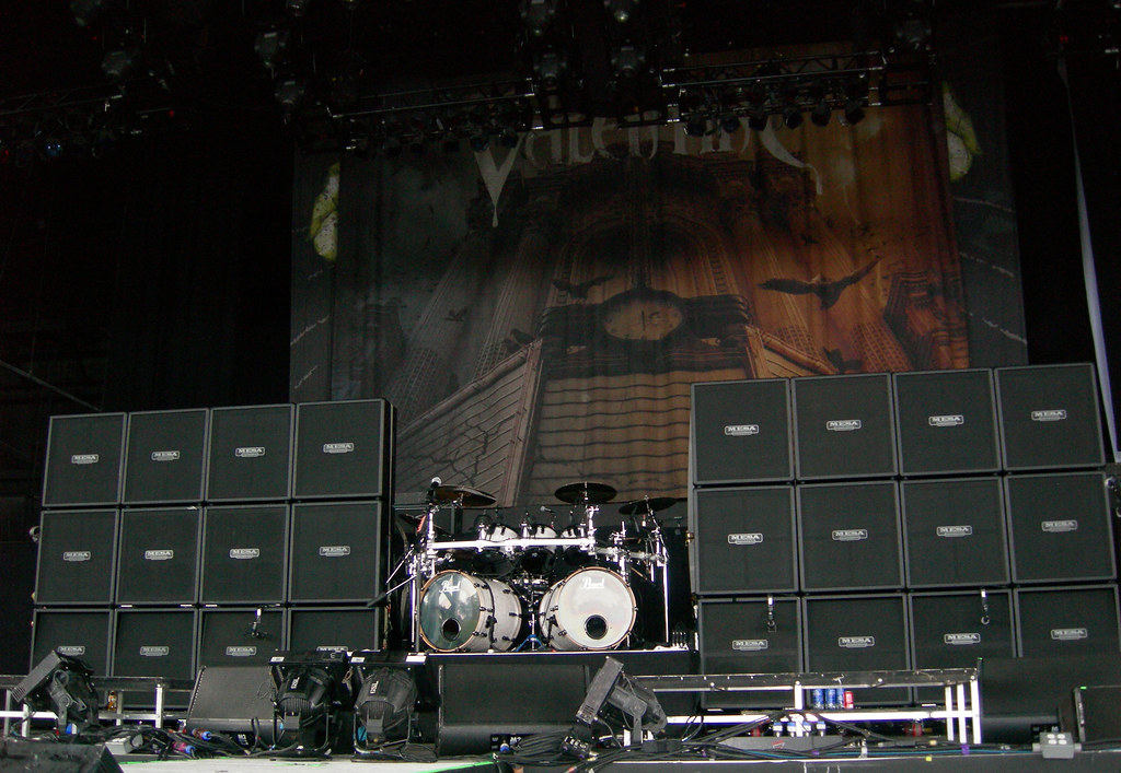 Bullet For My Valentines Stage Setup Notice How Only