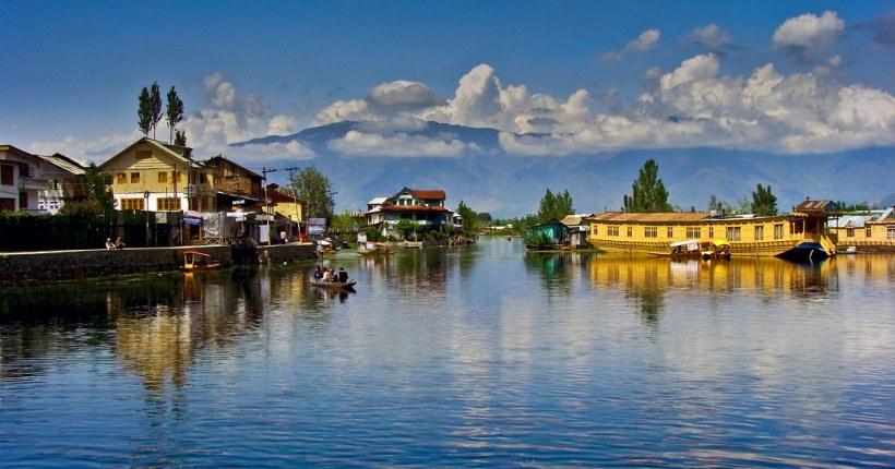 Dal Lake, India (ডাল লেক, ভারত)