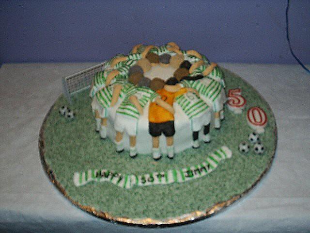 Celtic Cake Celtic Football Team In The Pre Match Huddle