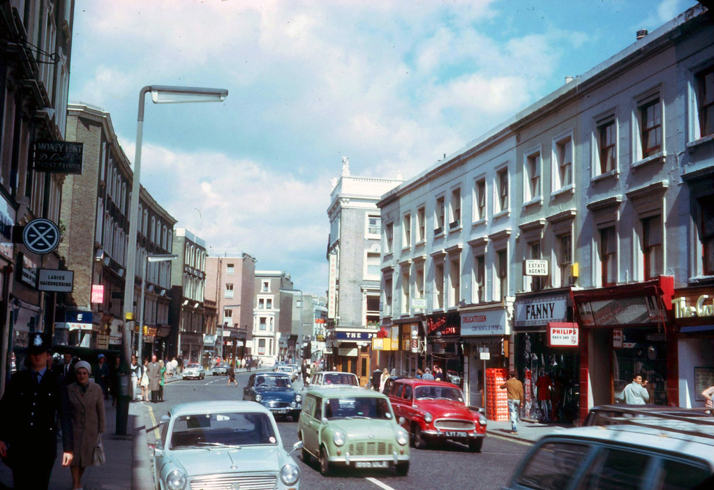 London Earl S Court Road Sw5 1968 These Two Photos
