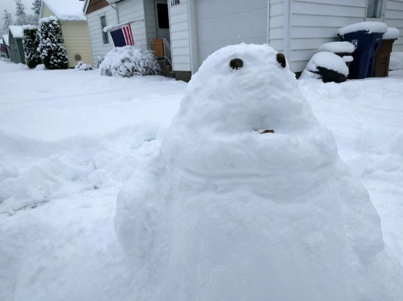 We made a snow Jabba