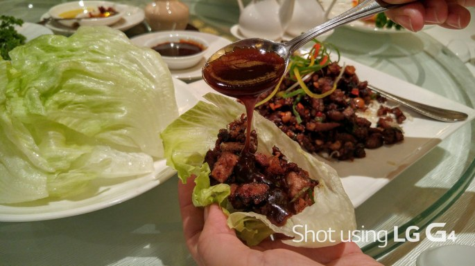 Minced Duck in Lettuce Leaves