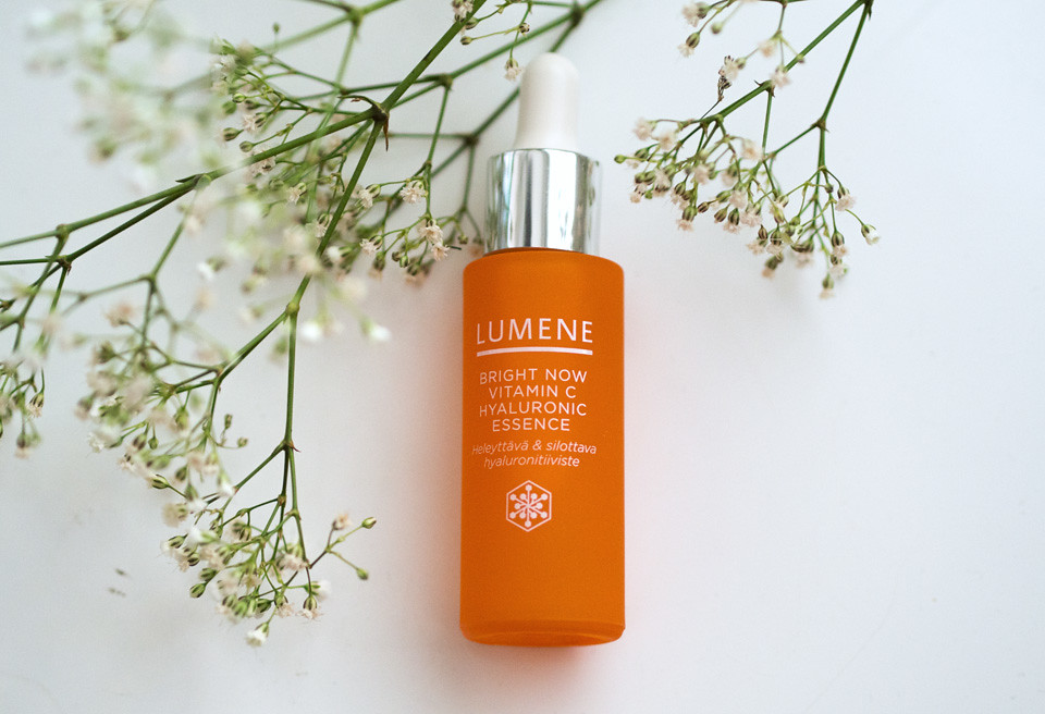 lumene vitamin c hyaluronic essence