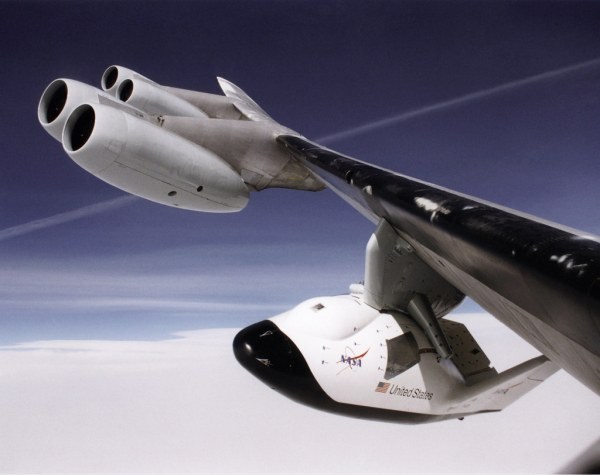 X-38 on B-52 Wing Pylon | A unique, close-up view of the X ...