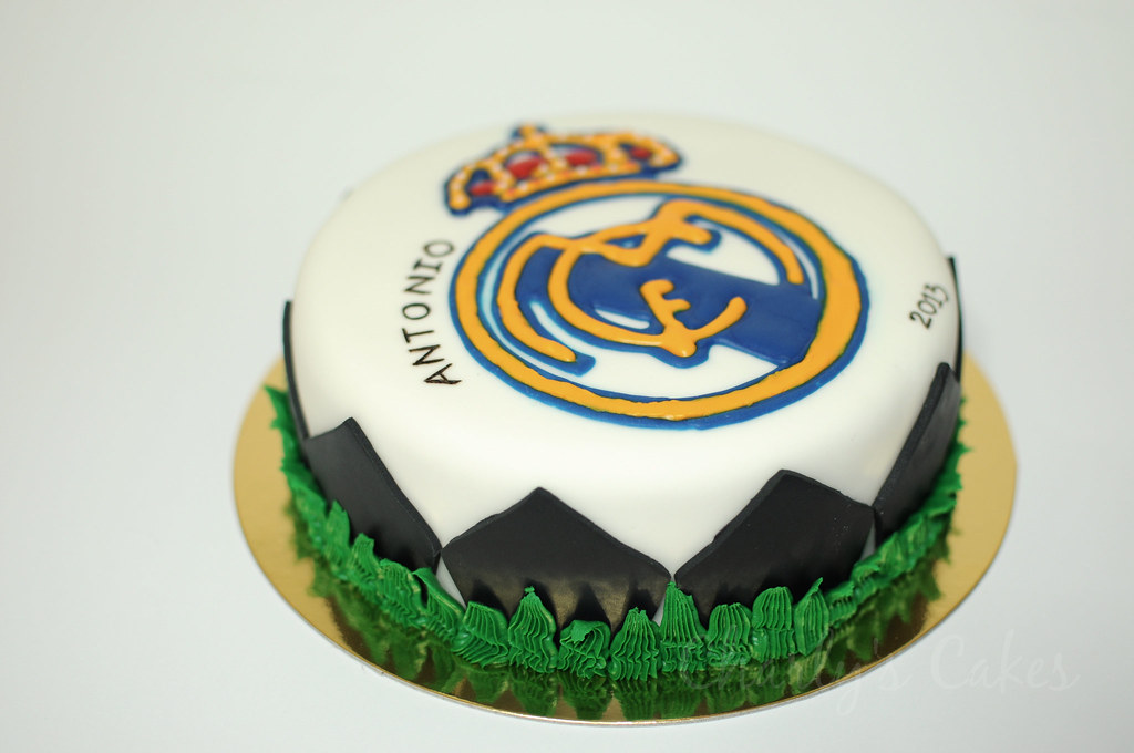 Tarta Real Madrid Cake Bizcocho Esponjoso De Yogurt