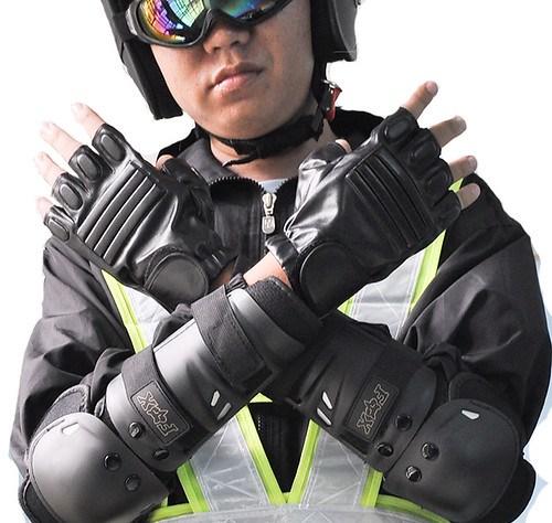 Găng tay xe máy Cần Thơ
