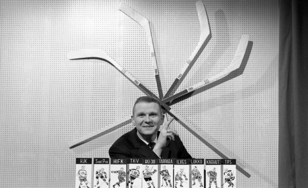 Anssi Koskinen, the host of the Tamvision´s hockey televis ...