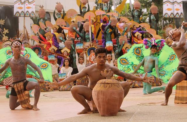 Baragatan Festival 2015 - Saraotan sa Dalan