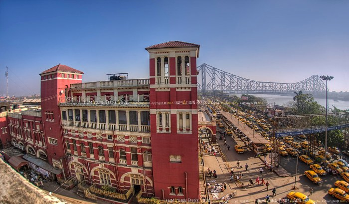 Howrah Station. Source ~ Flickr.com