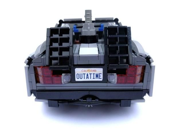 UCS DeLorean