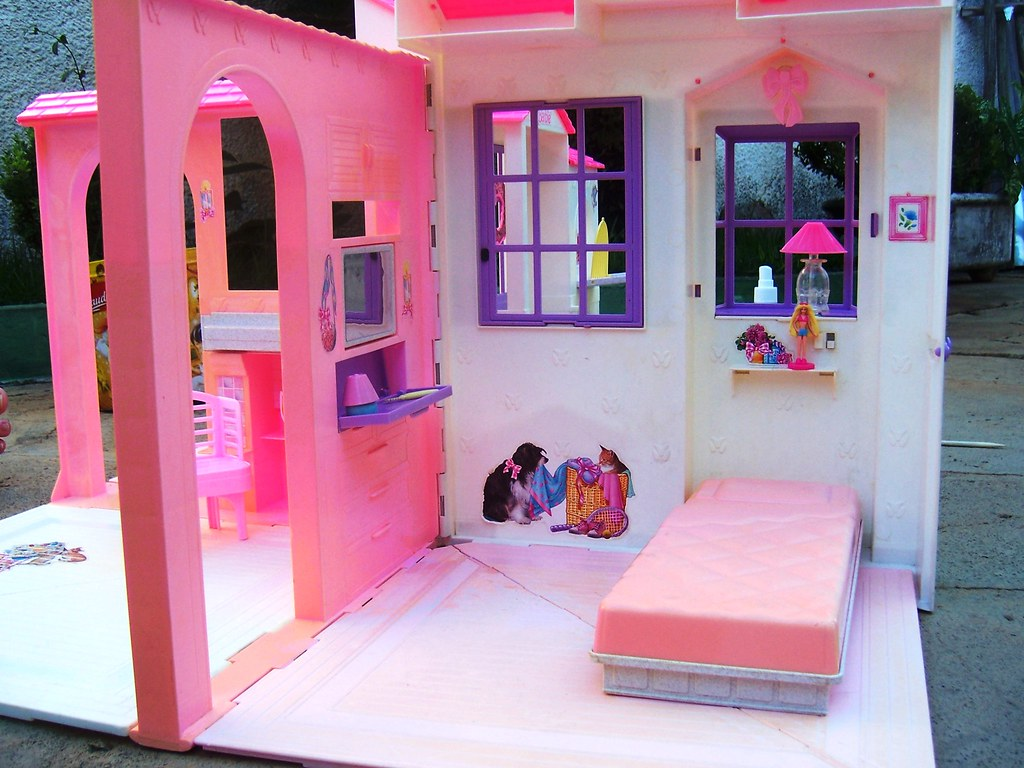 Barbie Folding Pretty House Bedroom Barbie Folding