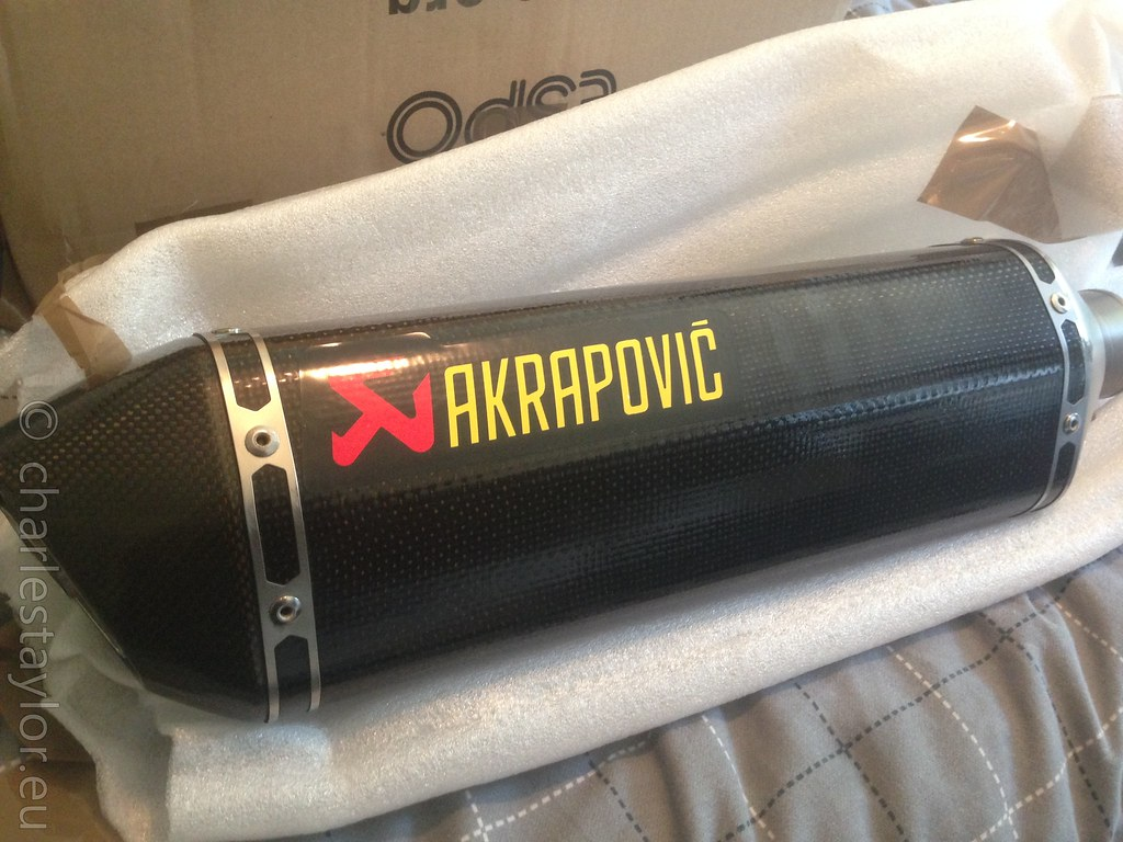 rf900 akrapovic carbon hex exhaust bandit gsxr