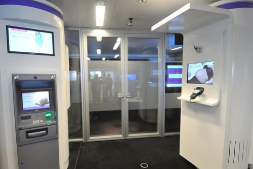 Así es la oficina bancaria 3.0 para Telefónica.