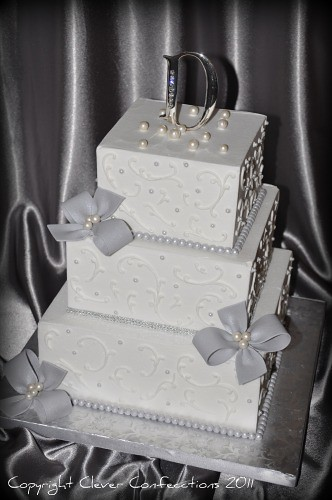 Diamond And Pearls Wedding Cake This Sweet Classic Is