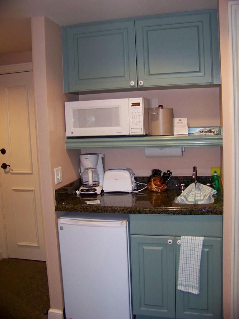 SSR Studio Kitchenette Disneys Saratoga Springs Resort