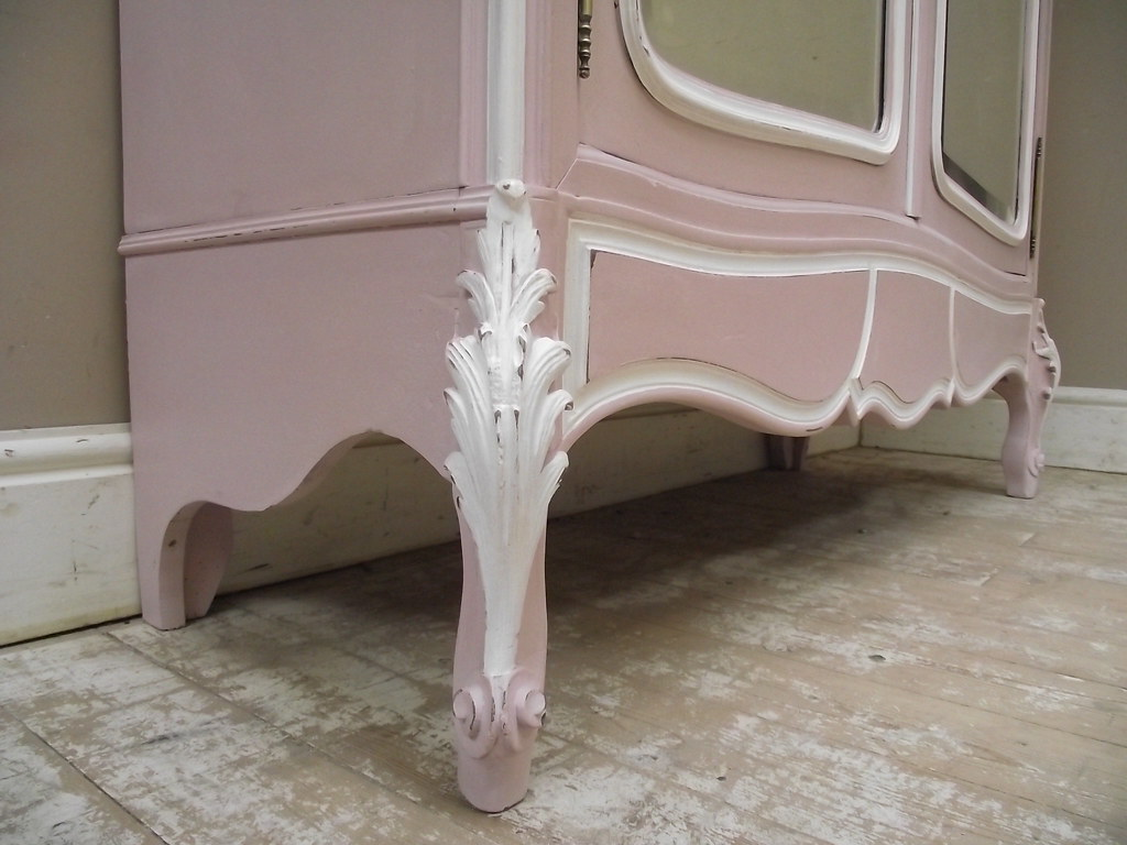 SUPERB FRENCH ANTIQUE ROCOCO STYLE PINK PAINTED ARMOIRE