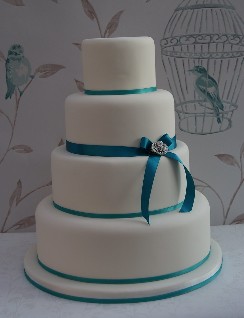Vintage Brooch Wedding Cake Simple 4 Tier Wedding Cake
