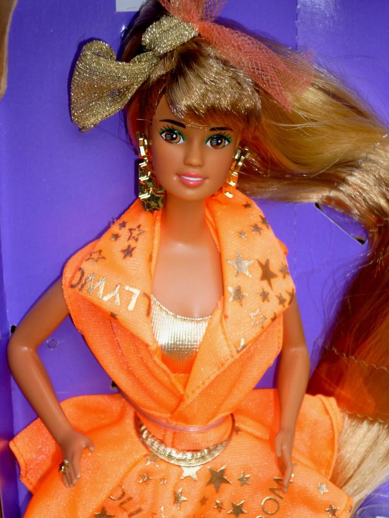 Teresa Hollywood Hair 1992 Barbie Doll Mattel Superstar