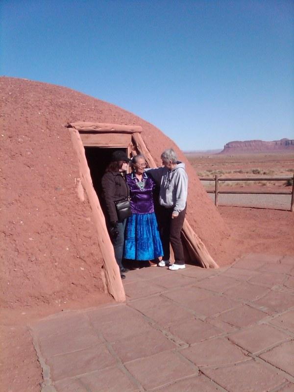 Hogan (Traditional Navajo Home) Monument Valley Arizona ...
