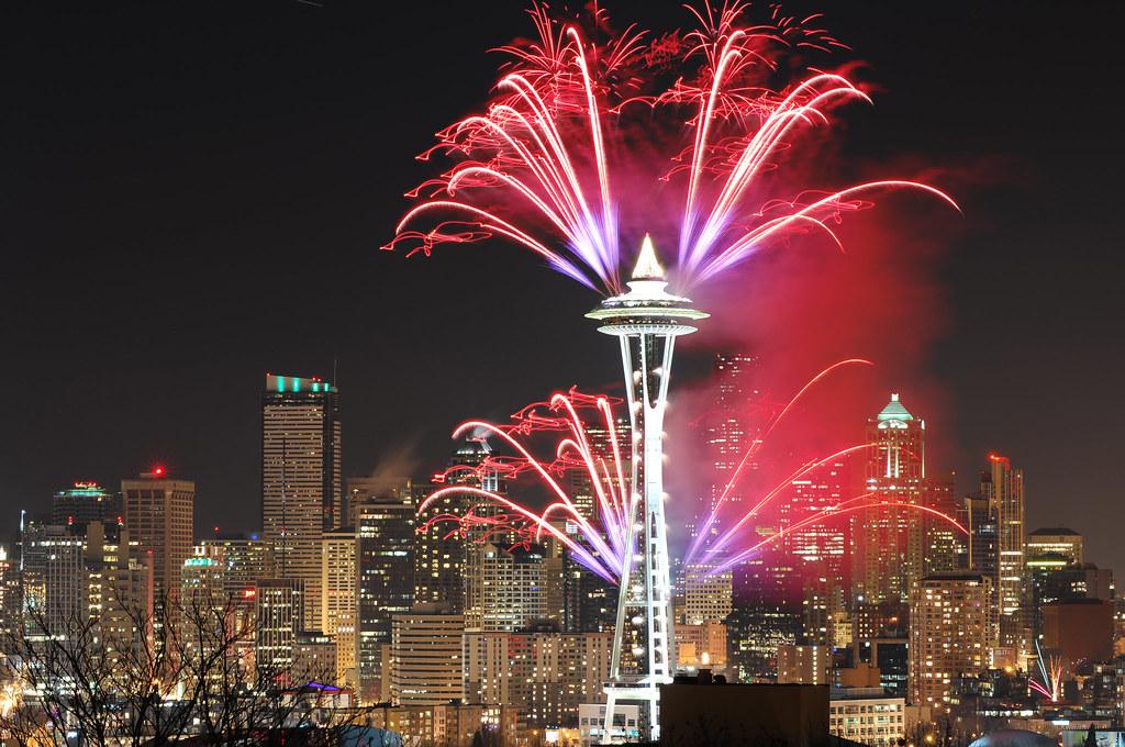 Seattle New Years Fireworks 2011 Jeff Tseng Flickr