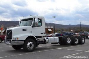 2015 Volvo VHD TriAxle Chassis   Trucks, Buses, & Trains