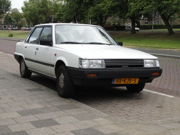1984 Toyota Camry 1.8 GL (automatic) | 26 May 2011 ...