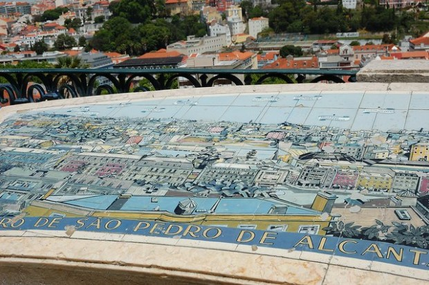 Miradouro de Sao Pedro de Alcantara | Two Free Days in Lisbon | No Apathy Allowed