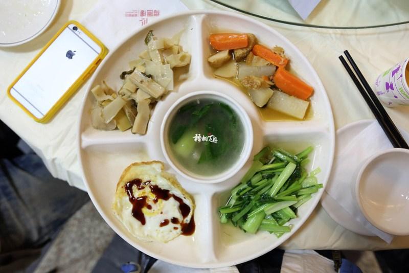 15|梅園樓觀景飯店的晚餐(素食餐點)