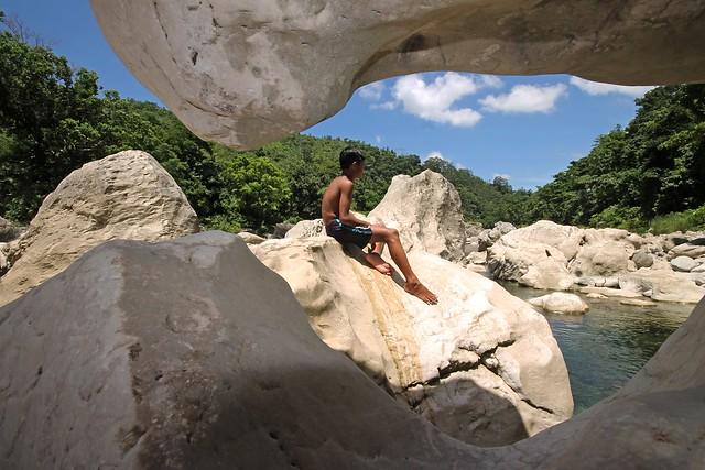 Liktinon White Rocks