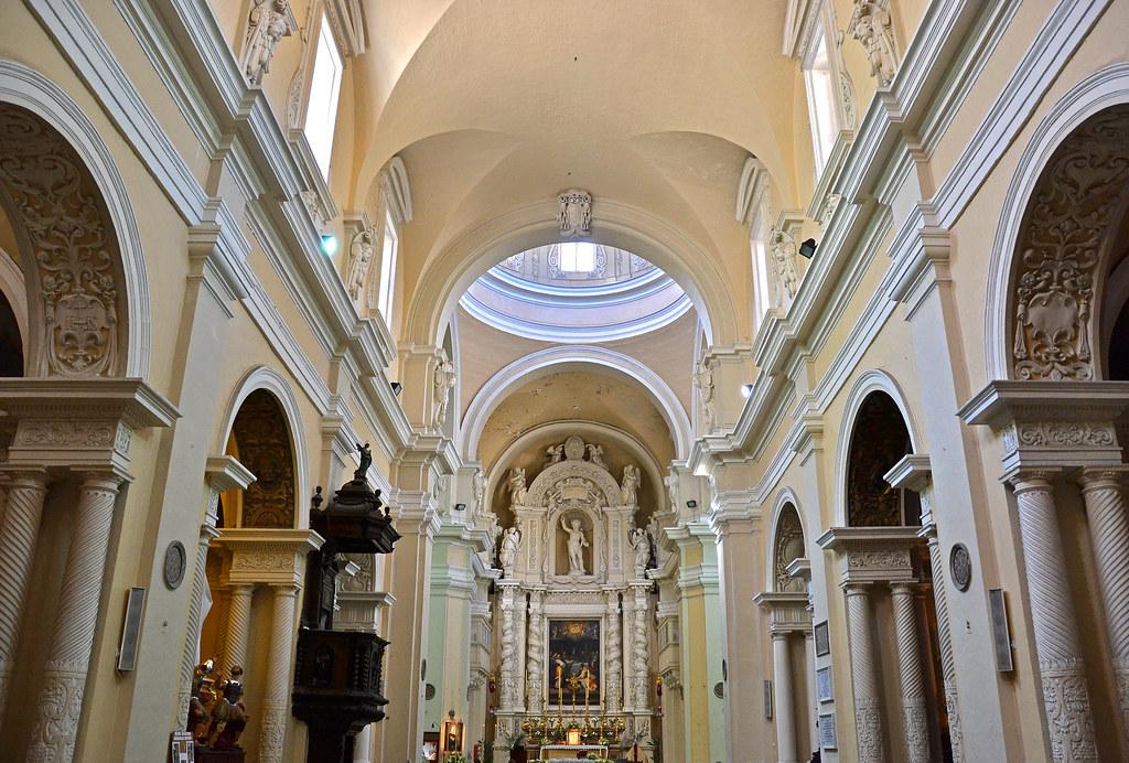Valletta Jesuit Church The Baroque Interior Of The