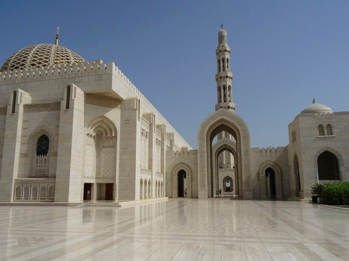 2015-04-TRA_Oman-Muscat-GrandMosque-01408