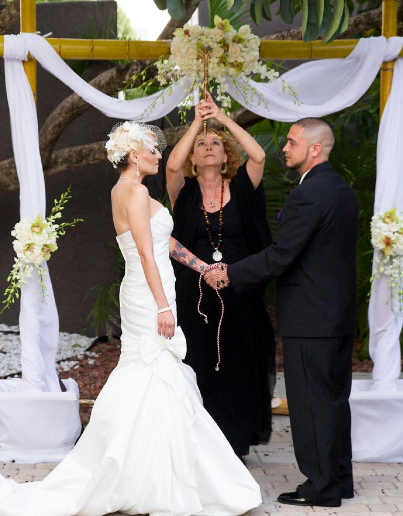 Priscilla christophers dark and gorgeous wiccan handfasting wiccan handfasting from offbeatbride junglespirit Image collections