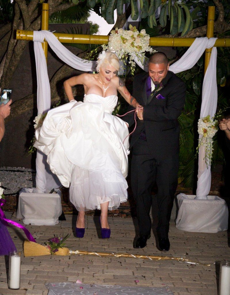 Priscilla christophers dark and gorgeous wiccan handfasting wiccan handfasting from offbeatbride junglespirit