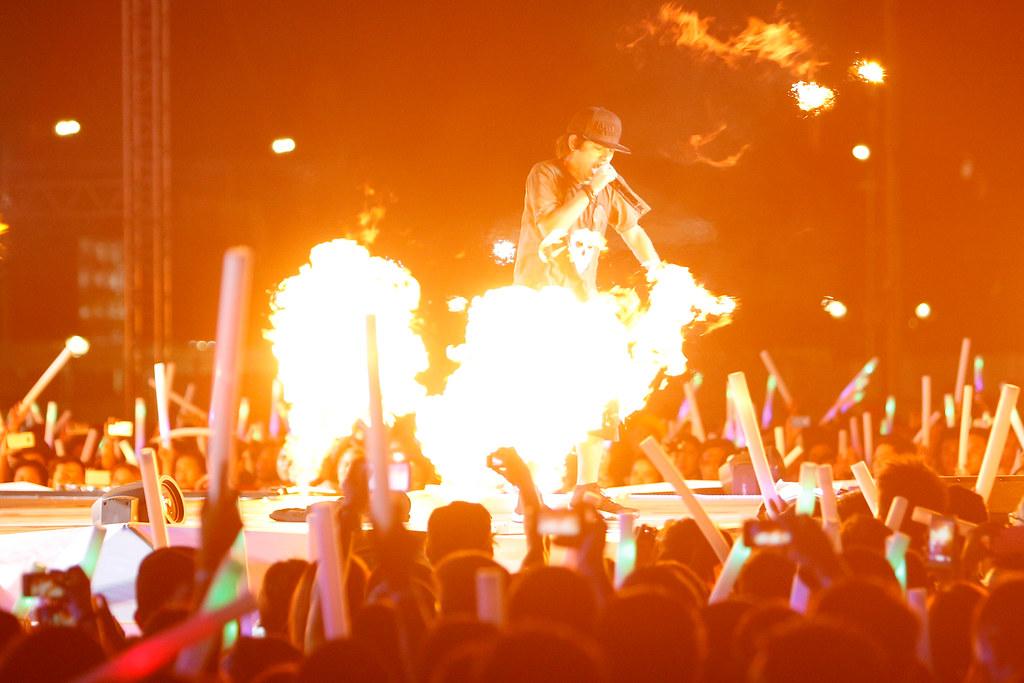 167641-Abra performing at MTV Music Evolution 2015 on 17 May Pic 3 (Credit - MTV Asia & Ferdie Arquero)-01f3a4-original-1431967119