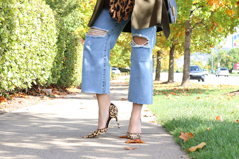 cropped-flare-jeans-leopard-pumps-7