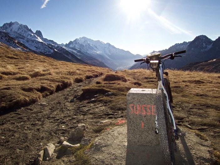 the Borderat 2204 metres