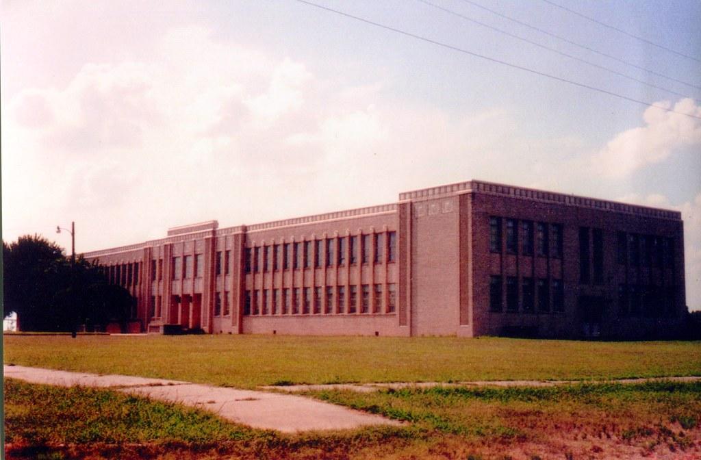 TalcoTexas High School Built 1939 With Over 300