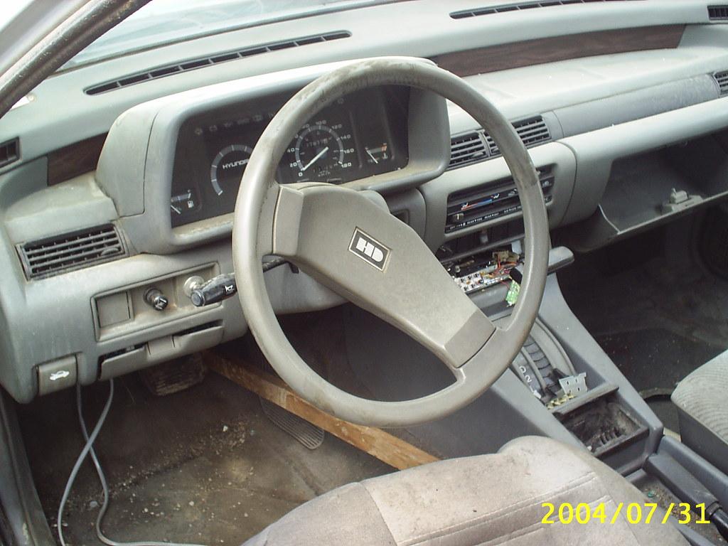 1986 Hyundai Stellar Dash Dave7 Flickr