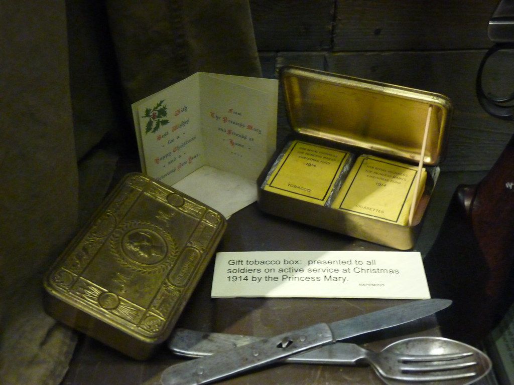 WW1 Tobacco Tin This Gift Tobacco Box Containing