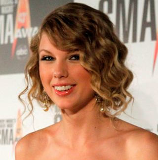 Taylor Swift Smiling GailandraSwift13 Flickr