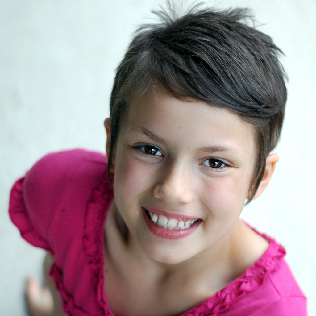Tahlias Short Hair Lisa Lehmann 2012 StudioJewel