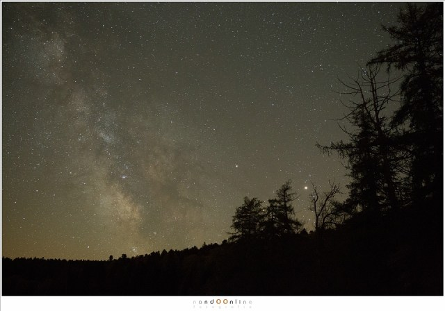 Onbewerkt beeld van de Melkweg. ISO6400 - f/2,8 - t=15sec - 4000K