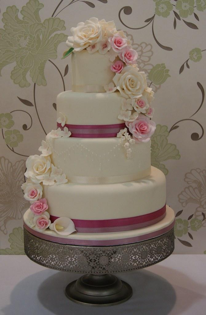 Rose Cascade Wedding Cake A 4 Tier Wedding Cake With A